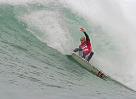 /photo/2009/0919/as_surf_slater_action2_275.jpg