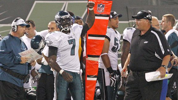 Michael Vick as Eagle