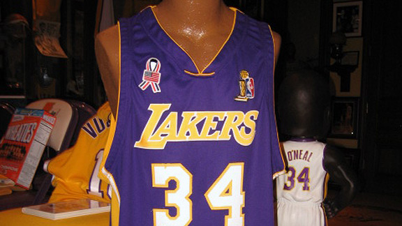 Shaquille O'Neal's game-worn jersey