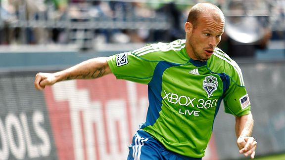 Freddie Ljungberg in Sounders green
