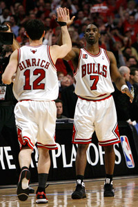 Kirk Hinrich and Ben Gordon