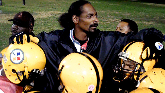 Check out Coach Snoop Dogg and the Pomona Steelers. - ESPN 5f5a11c9c