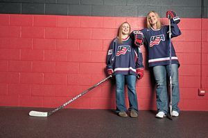 Kendall Coyne and Angela Ruggiero