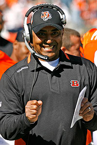 AP Photo/David Kohl Bengals coach Marvin Lewis, who led the team to a