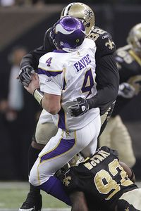 http://a.espncdn.com/photo/2010/0128/nfl_ap_favre_saints1_200.jpg