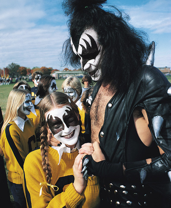 Kiss Band Members With Makeup: Bleachers Brew: KISS Goes To High School (taken From ESPN
