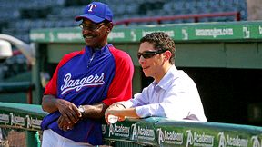 Jon Daniels (R) and Ron Washington