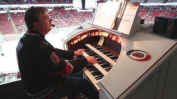 NHL organist