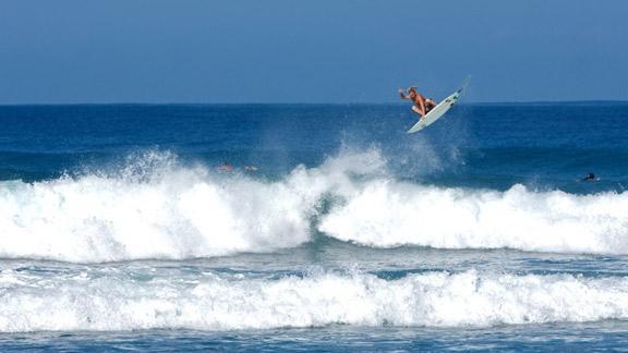 /photo/2010/0412/as_surf_LE_NG_air_576.jpg