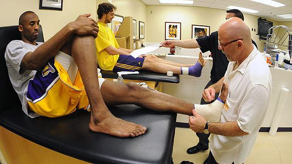 a summary of an interview with a sports trainer and a physical therapist The medstar sports medicine sports physical therapy residency is  program  outline  yes a personal interview with sports residency faculty members is a  required part of the application process for the sports residency program.