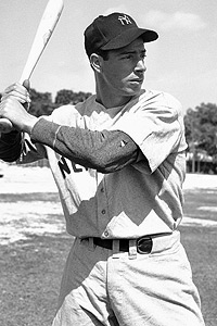Joe DiMaggio made the No. 5 look good.