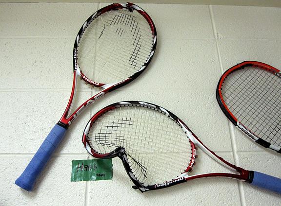 Tommy Haas broken racket