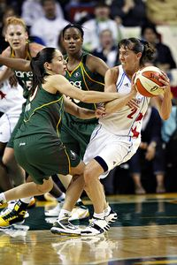 Sue Bird and Kelly Miller