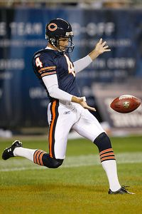 Scott Boehm/Getty Images Bears punter Brad Maynard sees a tempting