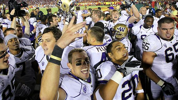 http://a.espncdn.com/photo/2010/1003/la_g_washington_huskies_celebrate_b1_576.jpg
