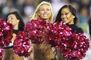 Eagles cheerleaders