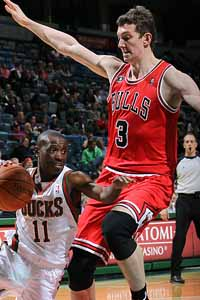 Asik will get plenty of preseason minutes - Chicago Bulls Blog - ESPN