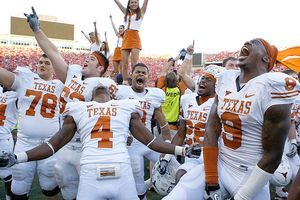 Texas Longhorns players celebrate