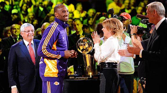 Kobe Bryant, Jeanie Buss