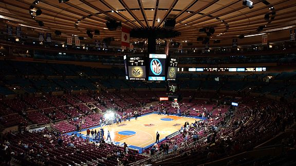 Honda Of Troy >> Fallen debris from the ceiling at Madison Square Garden has forced the Knicks to postpone their ...