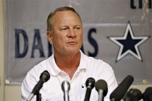 Stephen dunn allsport barry switzer coached the cowboys for four
