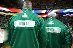 Shaquille O'Neal and Jermaine O'Neal