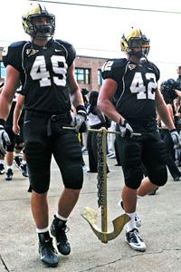 Vanderbilt linebacker John Stokes