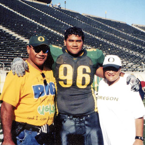 Haloti Ngata and parents