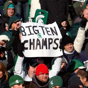 Michigan State Spartans fans celebrate