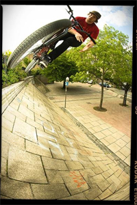 Barspin on home turf from Dave Sowerby.