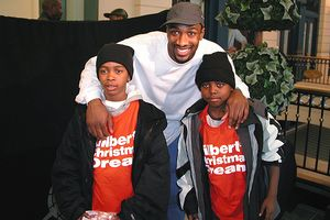 Gilbert Arenas and kids
