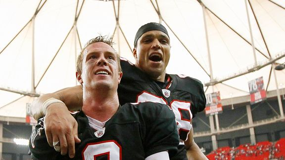 Matt Ryan, Tony Gonzalez