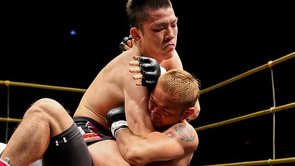 Shinya Aoki vs. Yokthai Sithoar