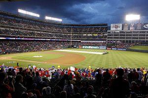 Rangers v Yankees