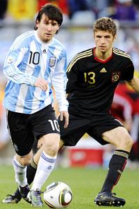 Lionel Messi & THomas Mueller