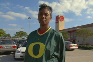 Latina Thomas, mother of Oregon QB Darron Thomas