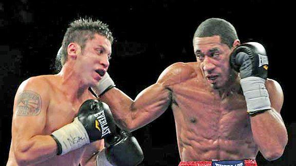 Demetrius Andrade vs. Alberto Herrera FNF.