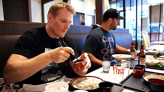 Josh Barnett Japan MMA photos food