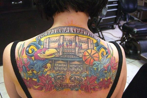 Tattos chicanos chinese letters tattoo tattoo finger for Back mural tattoo designs