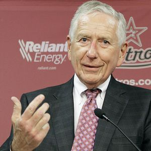 Drayton McLane