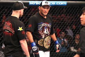 Rafael Cavalcante and Dan Henderson