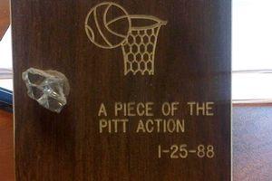 Pitt memento