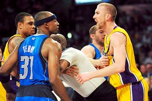 Los Angeles Lakers fight