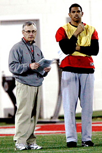 Ohio State's Jim Tressel and Terrelle Pryor