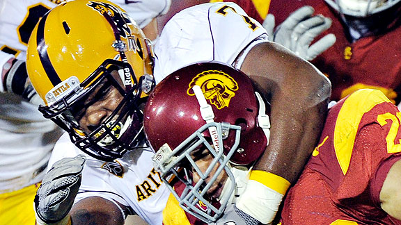 The Sun Devils are counting on Vontaze Burfict to be the leader of their defense in 2011.