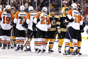 Philadelphia Flyers defeat Boston Bruins
