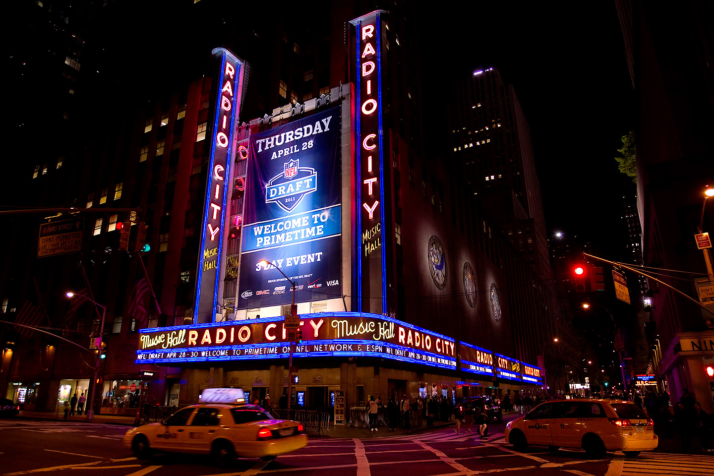 Restaurants By Radio City Music Hall In Nyc