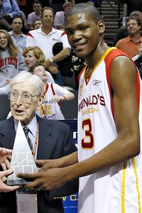 Kevin Durant and John Wooden