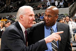 Mike Brown and Gregg Popovich