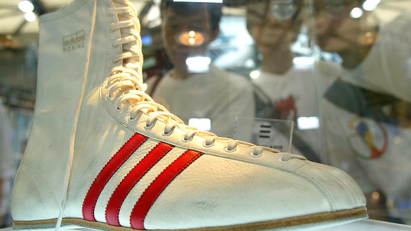 Ali_Muhammad shoe